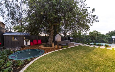 Outdoor area by GH Landscapes
